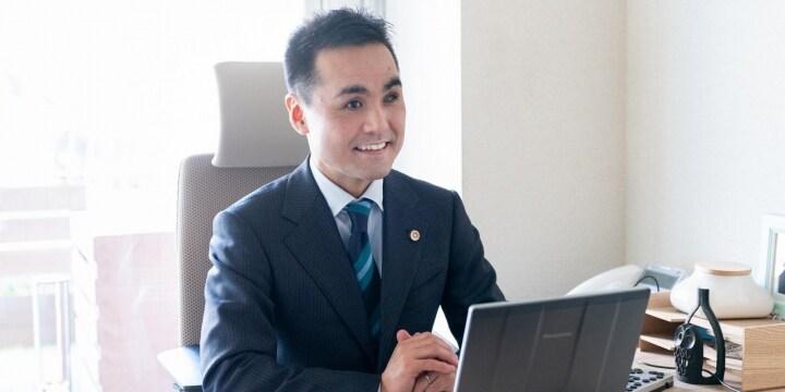 コロナ差別や自殺…心が折れた時こそ「絶対にあきらめないで」 全盲の大胡田誠弁護士から届いたメッセージ