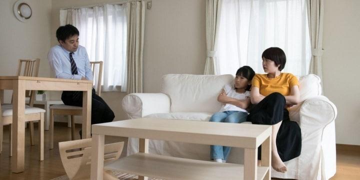 「この家から出て行きません」約束やぶり居座る元妻… 追い出すことはできる?