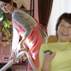 義母の「押しかけ同居」で夫婦の危機 妻に隠れて「子ども部屋」を提供した夫が許せない!