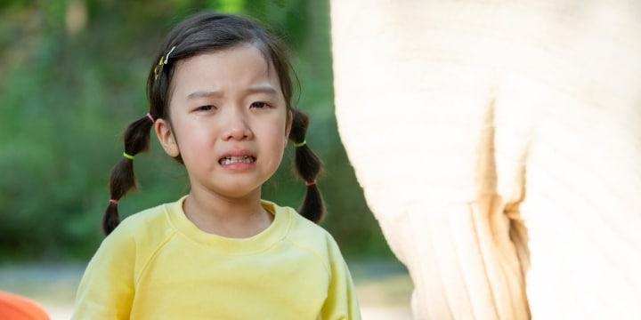 小1女児が「頭蓋骨」を骨折、ボールを蹴った生徒の親は「ゴメン」で済むのか?