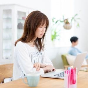 生活苦でも収入教えない夫、投資用マンション購入の乱心…妻がとるべき「裏技」は?