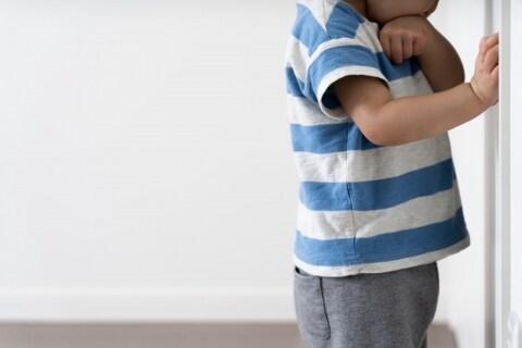 「死ね」「頭おかしい」子どもを怒鳴りつける妻、虐待ではないの? 夫がとるべき対応策
