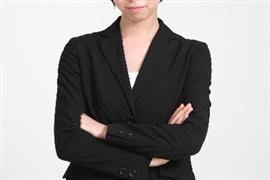 会社が指定した「ミニスカ制服」 女性従業員は「着用」を拒否できるか?