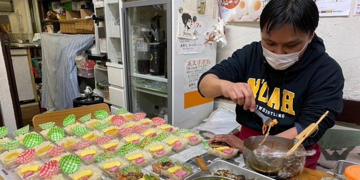 「6万円は多いから…」困っている人に無料弁当、街の飲食店が歩んだ「共助」の2カ月半