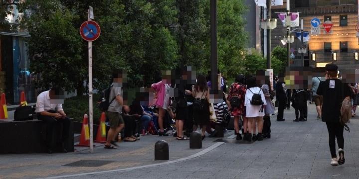 DV、援助交際、自殺…歌舞伎町にたむろする「トー横キッズ」が抱える心の闇