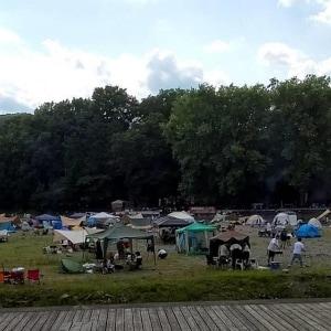 河原に人殺到、マスクせずBBQ 住民から通報相次ぐ 埼玉・飯能河原、一時閉鎖へ
