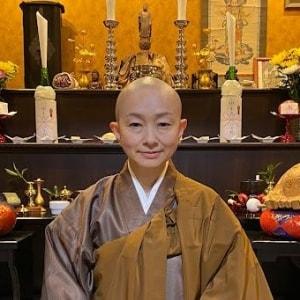 ネット中傷で出家した元アナ「攻撃に苦しむ人を癒す」寺を建立、「死にたい」のSOSが届くことも