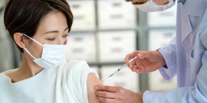 アメリカで広がる採用条件に「ワクチン接種」 日本で実施したら違法?