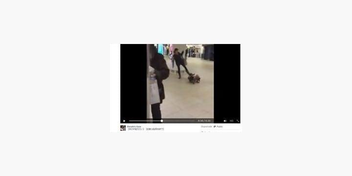 幼児を女性が「蹴り倒す」動画――渋谷駅で撮影された「児童虐待」衝撃の現場