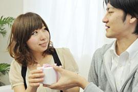 エイプリルフールに「嘘のプロポーズ」をされたら、慰謝料を請求できる?