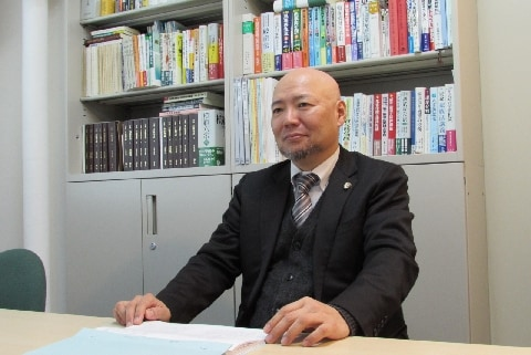 裁判官は地元の人と交流してはいけない?――元裁判官の田沢剛弁護士が語る「素顔」