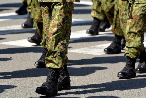 防衛省「背広組」と「制服組」の立場が対等に――「文民統制」に影響はないのか?