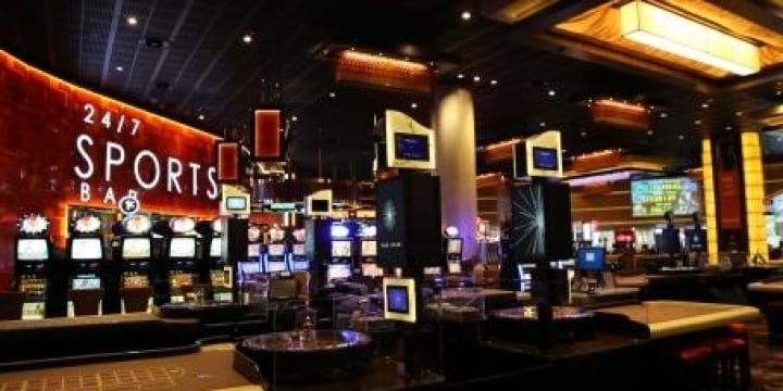 「カジノ解禁」が地方を救う?  統合型リゾート「IR」導入の課題を弁護士に聞く