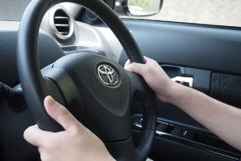 <宮崎暴走事故>73歳の運転手に認知症とてんかんの病歴・・・法的責任を問えるか?