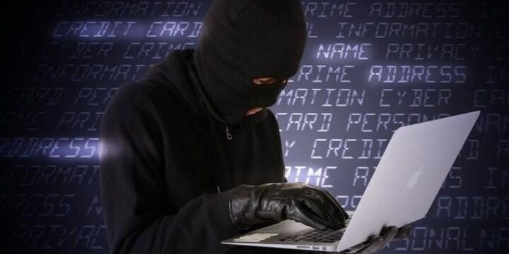 サーバーダウンを狙う「DDoS攻撃」日本企業の被害あいつぐーーどんな犯罪になる?