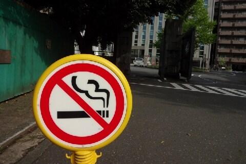 レストランやホテルも「分煙」義務化? 東京五輪に向けた政府の規制案をどう見るか