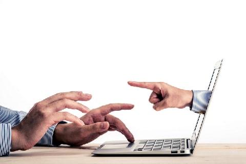 ウェブの公開情報は「共有資産」と主張、 2ちゃんねる「全文コピペ」の著作権問題