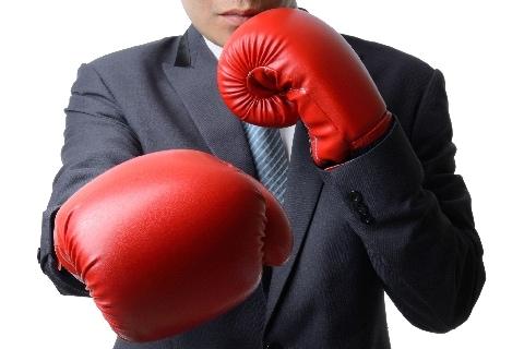 ボクシング元日本王者、知人殴って大ケガさせる…「正当防衛」が認められる条件は?