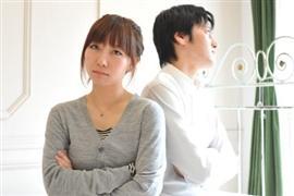 アニメグッズを勝手に捨てた! 夫の「お宝」処分した妻は離婚されても仕方ない?
