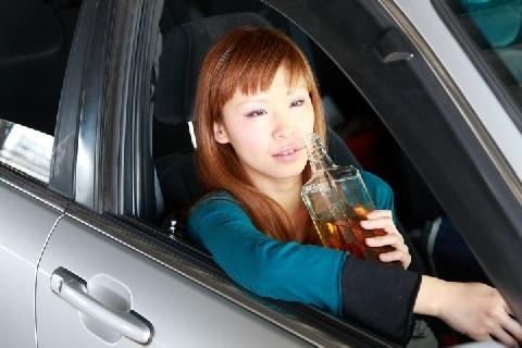 「酒気帯び運転」で事故を起こした知人の「替え玉」に…バレたらどんな罪に問われる?
