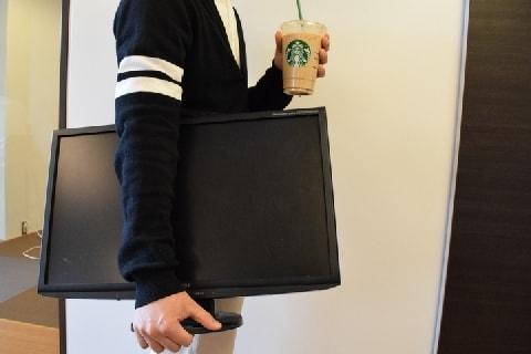 スタバにデスクトップPC持ち込んで、長時間仕事…どんな問題がある?