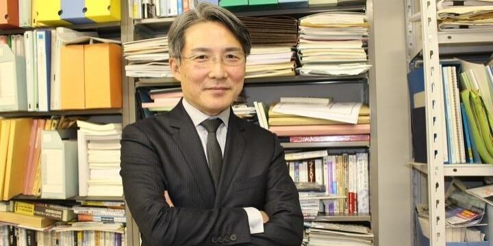 ブラックフェイス問題、思考停止の「自粛」ではなく「自律」を…山田健太教授に聞く