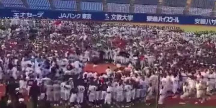 稲村亜美さんに数千人の中学球児殺到 「紛れもなく痴漢」など怒りの声続々、運営平謝り
