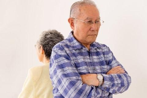 浮気夫「EDだから不貞行為はない」愛人宅に入り浸り…悩める妻は離婚できる?