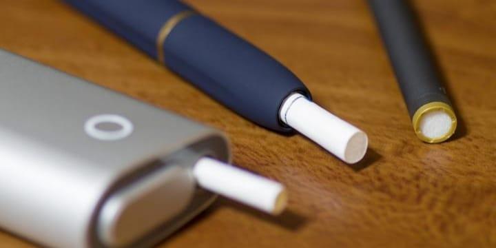 「加熱式たばこ」値下げで「三つ巴」販売競争が激化、税金はどうなる?