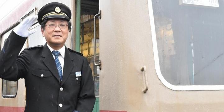 銚子電鉄社長、次の企みは「経営がまずい棒」自虐ネタで集客「苦しい時こそ笑いを」