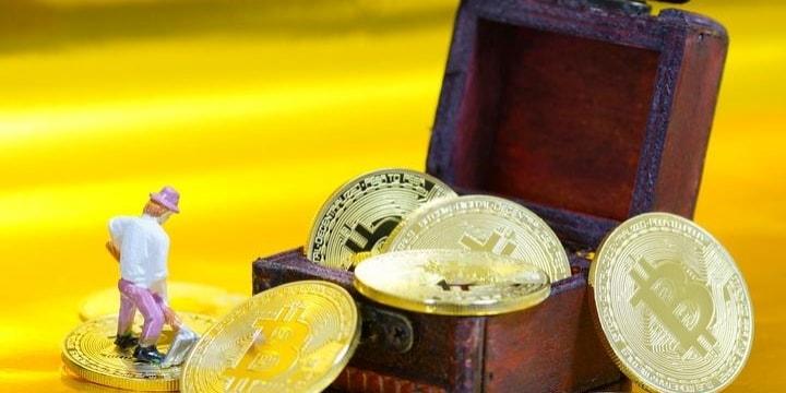 「仮想通貨のカリスマ」実は架空の人物、儲け話もウソ…7億稼いだ業者「廃業します」