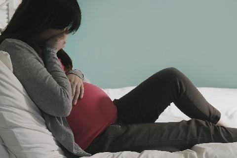 妊娠中、夫から告げられた「3年目の離婚」計画…「肉体関係のない愛人と再婚したい」