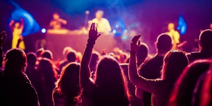 チケット転売規制法のポイント 「明日のライブ行けない」場合、転売したら違法?