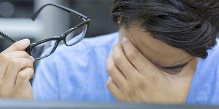 残業厳禁で「エア退社」横行…サービス残業、どんなリスクが?