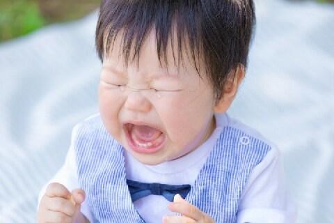 子どもが遊園地で突然嘔吐、他人の荷物を汚した! どこまで弁償する必要がある?